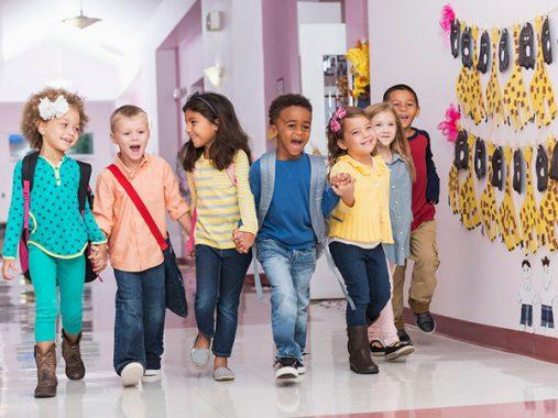 Mơ thấy đi học – Ý nghĩa và con số may mắn của giấc mơ thấy đi học